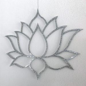 Lotus in zilver acrylaat